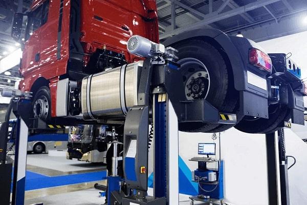 Manutenção de Direção Hidráulica para Caminhões em Curitiba